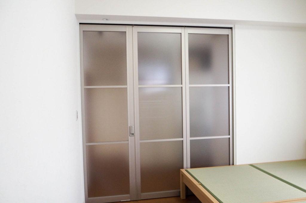 スクリーンウォール 寝室 リフォーム ドア