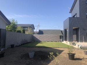 外構工事/門塀/芝/アプローチ/ライトアップ